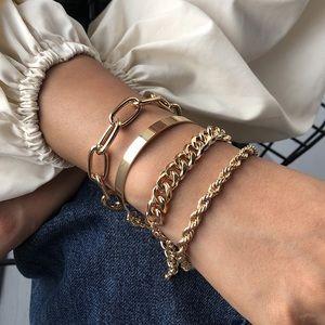 3/$30 💛 4pc Chain Bracelet Set